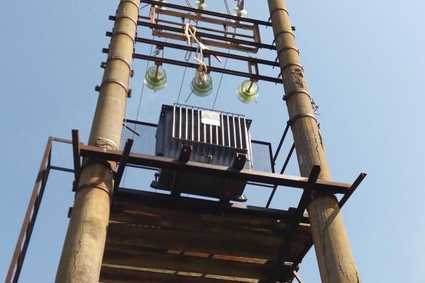 manutenzione-cabina-media-tensione-idrosistemi-lentini5C18EB7C-EEB3-43FF-41FB-34DC686D4E9D.jpg