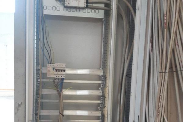realizzazione-impianti-elettrici-industriali-idrosistemi-lentiniD2F40B28-5AE5-4F61-73E7-6E88C4FCE2AD.jpg