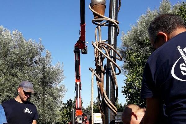 manutenzione-pompe-sommerse-lentini-226C7CB12-9990-C478-643B-F856934DE49E.jpg