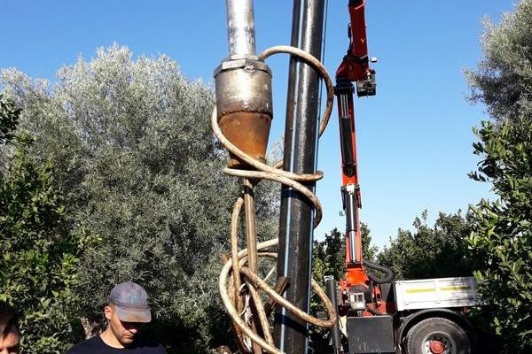 ripescaggio-pompe-sommerse-idrosistemi-lentini-2-67D0896B3-3E0B-D750-62E5-A49AAE63CDCB.jpg